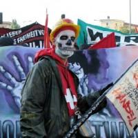 1 мая беспорядки в Берлине Фото