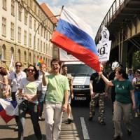 Россия гей-парад в Берлине Фото