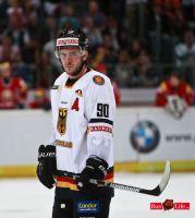 Eishockey_Deutschland_Weissrussland_25_04_2011_15