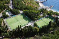 Otel-Jalta-otdyh-v-Krymu-tennis